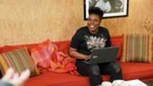 Leslie Jones Not Returning to 'Saturday Night Live'   THR News [Video]