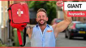 Wrestling postman who delivers his letters and parcels in WWE-style Royal Mail outfit [Video]