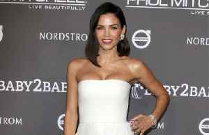 Jenna Dewan is robbed in LA [Video]