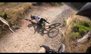 Mountain Biker Jumps Over Slope and Crashes [Video]