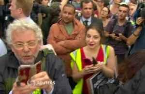UK government defiant over pre-Brexit suspension [Video]