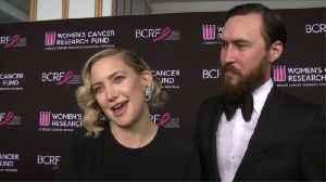 Kate Hudson praises boyfriend for parenting skills [Video]