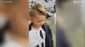 Moving: Boy supports his club at stadium for the first time [Video]