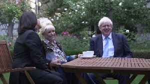 Dame Barbara Windsor asks Boris Johnson: Can I have a kiss? [Video]