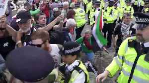Police use force against Stop Arming Israel protesters at London weapons fair [Video]