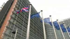 Pound slides, retail flatlines as Brexit looms [Video]