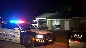 Dallas PD: Van Involved In Crimes Crashes Into Home Of Army Vets [Video]
