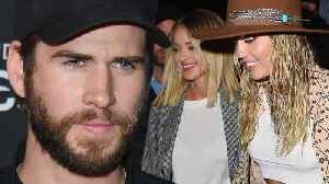 Miley Cyrus REFUSES To Give Back Liam Hemsworth Her Ring & Seen Showing PDA With Kaitlynn Carter! [Video]