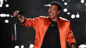 Lionel Richie Makes It To Number One Spot On Billboard Artist 100 Chart [Video]