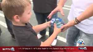 4-year-old boy donates his entire piggy bank to Hurricane Dorian victims [Video]
