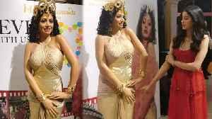 Sridevi's WAX STATUE First Look | Boney Kapoor, Janhvi Kapoor Unveil In Singapore Madame Tussauds [Video]
