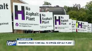 People in Hamburg pack town hall, continued opposition to an asphalt plant [Video]