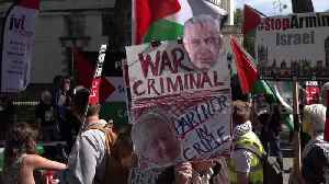 Israeli PM Netanyahu's convoy arrives at Downing Street amid noisy protests [Video]