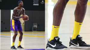 Dwight Howard Tries To Make NICE With Laker Fans, Wears Kobe's Sneakers During Practice [Video]