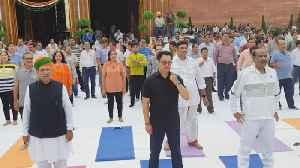 Om Birla, Kiren Rijiju, LS MPs participate in fitness events in Parliament [Video]