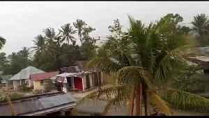 Violent storm damages dozens of homes in West Sumatra [Video]
