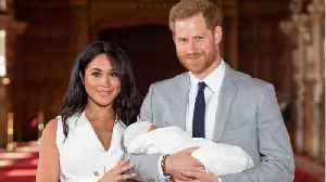 News video: Ellen DeGeneres Fed Baby Archie While Meeting With Royals