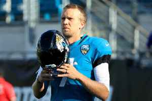 Nick Foles Out Indefinitely With Broken Collarbone [Video]