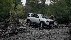 News video: This is the new Land Rover Defender