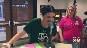 Selena Gomez Surprises Students At Her Former North Texas Middle School [Video]