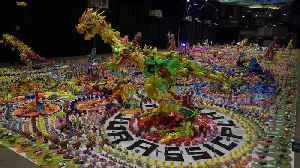 Artist makes dinosaur exhibition out of thousands of discarded plastic toys in Thailand [Video]