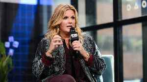 Trisha Yearwood Wants To Borrow Lizzo's Giant Inflatable Ass [Video]