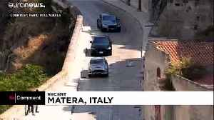 Car chases and stunts as new James Bond film is shot in Italy [Video]