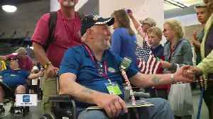 Veterans welcomed home after honor flight [Video]