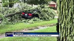 Storm knocks out power to thousands in metro detroit [Video]