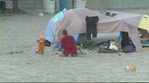 Santa Cruz Officials Pass Curfew To Remove Homeless Tents On Main Beach Overnight [Video]
