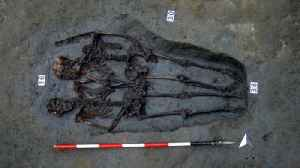 News video: Roman-Era 'Lovers Of Modena' Skeletons Holding Hands Were Both Men: Study