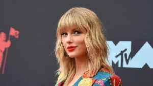 News video: Taylor Swift slammed by animal rights activists for horse racing gig