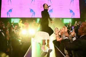 The Best Looks From Rihanna's 2019 Diamond Ball [Video]