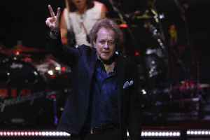 News video: 'Take Me Home Tonight' Singer Eddie Money Dead at 70
