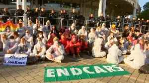 News video: Climate protesters demonstrate outside Frankfurt car show