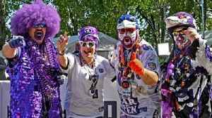 Ravens fans show support before first home game [Video]