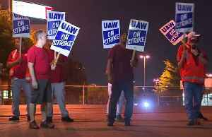 GM, UAW restart talks as workers take to picket lines [Video]