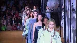 Tisci takes Burberry's Victorian past to the future in spring show [Video]