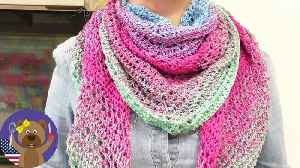 XXL Triangle Scarf | Spring Patterns to Freshen Up Your Accessories | Easy Crochet Projects [Video]