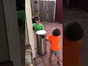 Kids Jokingly Hit Each Other With Trash Can's Lid by Stepping on It's Pedal [Video]