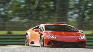 Automobili Lamborghini reached 1 million followers in YouTube [Video]