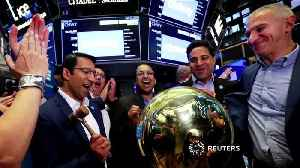 S&P 500 ends flat after rate cut [Video]