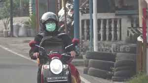 Air quality remains unhealthy as haze continues to shroud Indonesia's West Sumatra [Video]