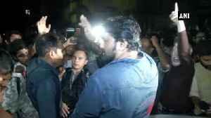 News video: Babul Supriyo heckled at Kolkata Jadavpur University