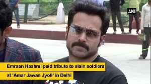 Emraan Hashmi visits 'Amar Jawan Jyoti' to pay tribute to slain soldiers [Video]