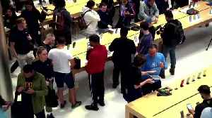 Tim Cook greets customers at reopened Apple Store [Video]