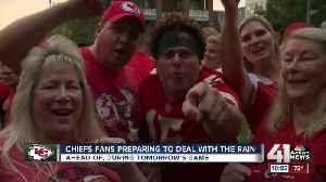 Rain doesn't dampen spirits for art enthusiasts, Chiefs fans [Video]