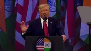 'Howdy Modi' event embraces Trump with big cheer [Video]