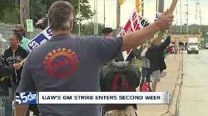 Senator Sherrod Brown visits with striking United Auto Workers at General Motors plant in Parma [Video]
