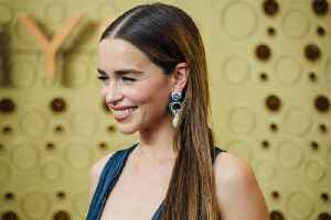 Emilia Clarke tried to steal her Game of Thrones wig [Video]